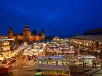 Schwimmender Weihnachtsmarkt.Weihnachtsmarkte In Bayern Weihnachtsmarkt Christkindlmarkt